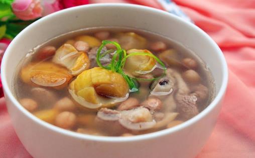 这些蔬菜最适合煲汤