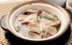 暖胃汤白胡椒煲猪肚汤的做法