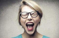 常生气会对身体造成的影响极大 学会抑制自己的愤怒