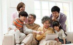 老人选择独居的原因 说服独居父母同住的技巧