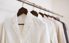 白衣服如何防止变黄 白色衣服发黄洗白小窍门