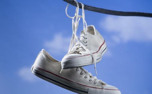 鞋穿不对很伤脚 你会选合适的鞋吗