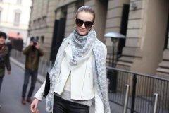 冬天围巾的各种围法女-围巾搭配衣服颜色技巧及图片