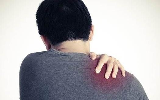 经常落枕 小心可能演变成颈椎问题