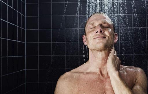 男人就该这样洗澡 注意沐浴禁忌