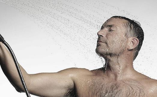 男人怎么洗澡最健康 正确的搓澡