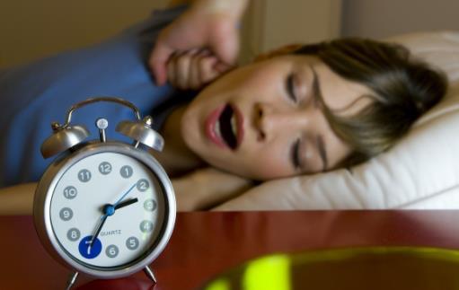 入睡困难先弄清楚入睡困难的原因 失眠的日常调理法