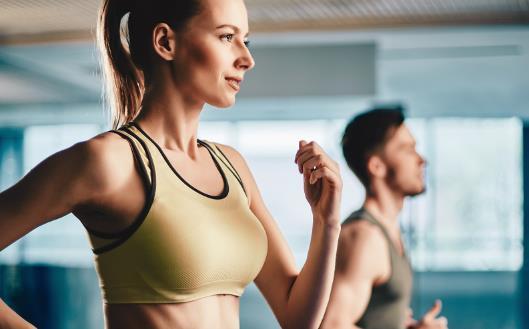 错误的呼吸节奏头晕缺氧 调整呼吸方式保持健身效果