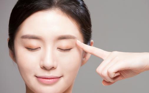 眉毛化妆的实用技巧 关于画眉的几大误区