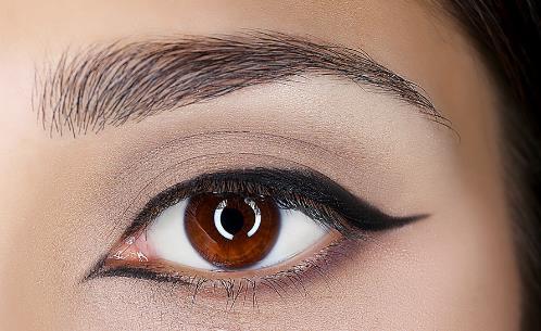 画好隐形眼线 让眼睛瞬间明亮有神