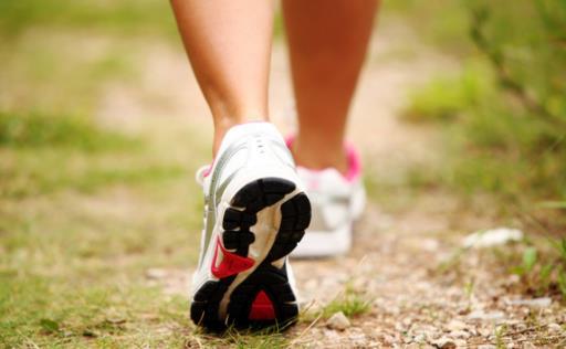 走路是不用花钱的养生保健方法 不同方法功效不同