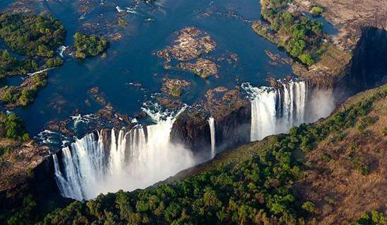 世界上最壮观漂亮的瀑布 来领略大自然的鬼斧神工