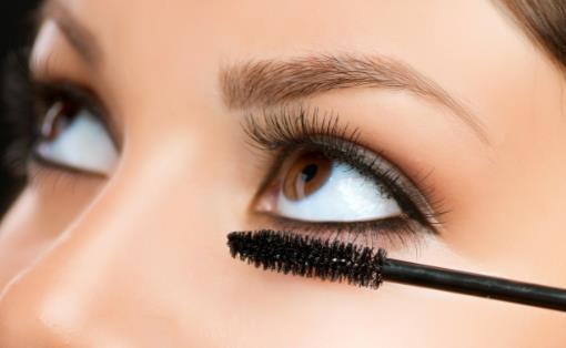 睫毛膏干了怎么处理 别让睫毛膏成为眼病的诱因