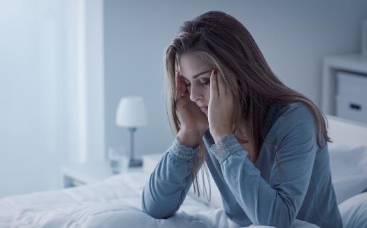 睡不着成为大多数人的最痛 5件事睡前一定不能做