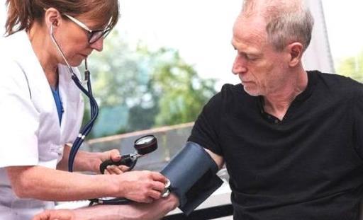 高血压患者是否能做剧烈运动 稳定血压的生活小习惯