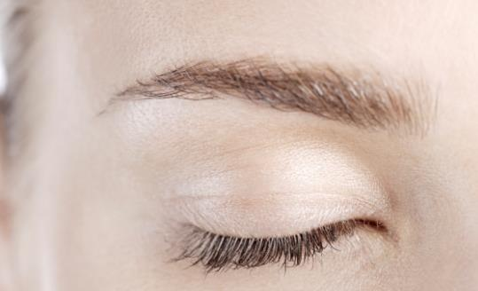 大圆脸适合的眉毛 俏皮可爱大气统统实现