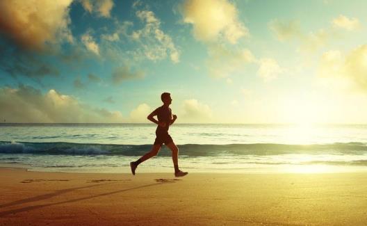 长期跑步膝盖保护有窍门 三个小动作保护膝关节