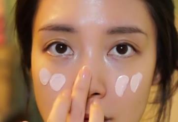 韩式水光妆的画法 化身韩剧女主角