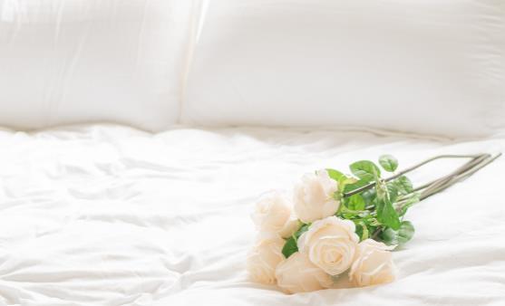 是不是所有的人都能睡硬床 判断一张好床的标准需把握几点