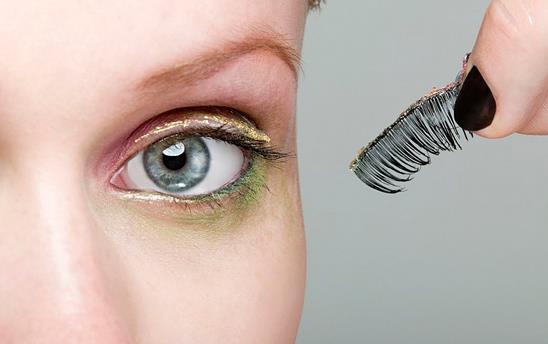 假睫毛可以重复使用吗
