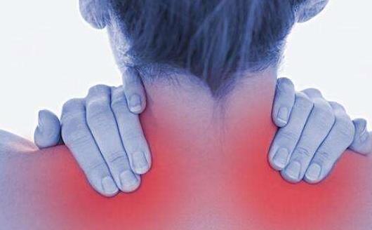 在繁忙的工作中保护好颈椎 颈椎病自我康复操