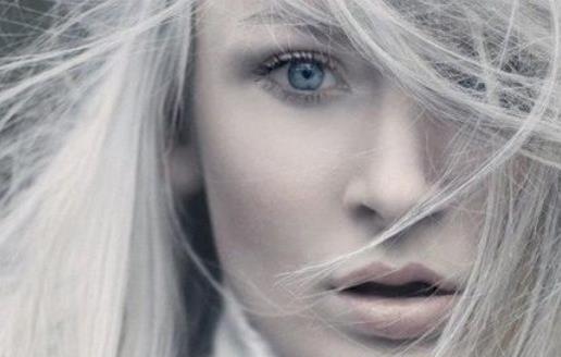 少年出现白头发的主要原因 改善少年白的中医技巧
