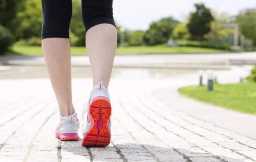 每天走4400步就能延年益寿 刷步数也要有限度