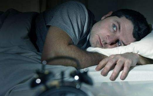 睡的太多对身体也有危害 不健康睡眠有负面影响