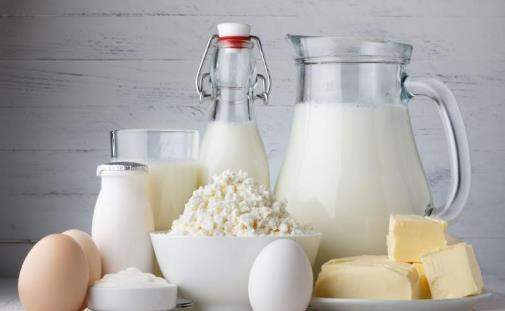 别再喝骨头汤补钙 钙含量比牛奶高的食物夏季要多吃