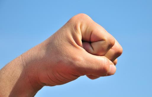 经络是天生的养生药 手部常做3个动作防病养身