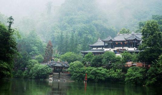 自贡天池寺传说中的威严
