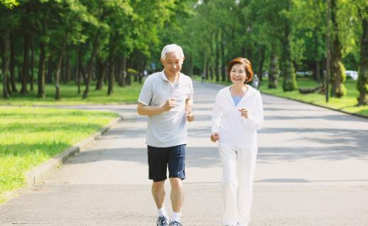 寿命长的人通常有2硬2软 占一个也说明你身体还健康