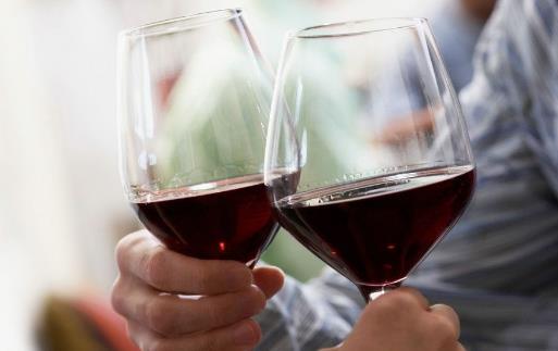 千杯不醉的人的秘诀 关于安全喝白酒的量