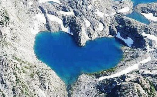 浪漫佳人地球上五大天然爱情湖