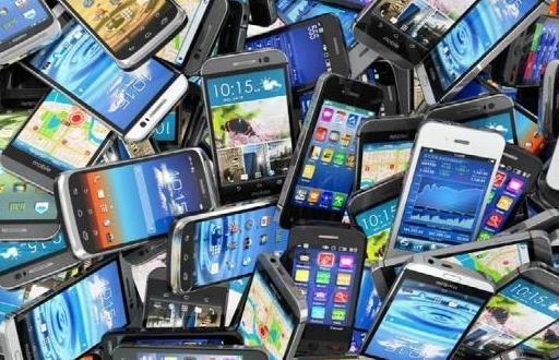 """旧手机的妙用 让""""曾经的伙伴""""继续发挥余热"""